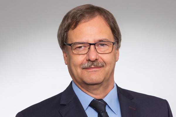 Foto: Prof. Dr. med.  Hans-Joachim  Schwarzmaier
